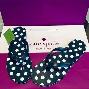 🛍 Adorable Kate Spade Flats size 10